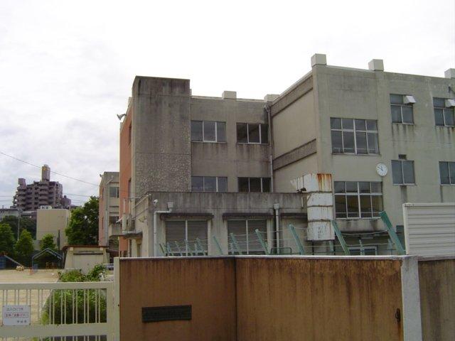 レジデンス徳田/名古屋市新西2丁...